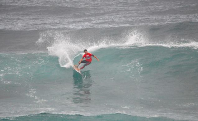 ®Benoit-CARPENTIER-longboard-2014-EUROSURF-Junior-ACORES-action1©FFS