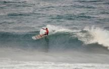 ®Benoit-CARPENTIER-longboard-2014-EUROSURF-Junior-ACORES-action2©FFS