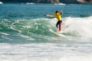 -®Benoit-CARPENTIER-longboard-2014-KING-OF-THE-LONGBOARD-ASP-Somo-Podium©FederacionCantabraDe Surf