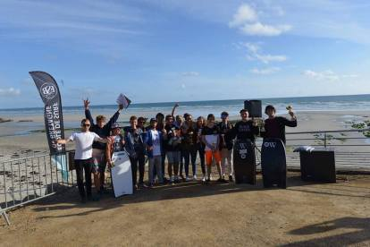 ®Benoit-CARPENTIER-Championnats.29-TEAM-Minou.Surf.Club-Penhors-2017-9©-MSC