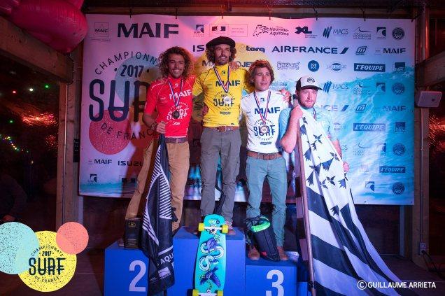 ®Benoit-CARPENTIER-longboard-podium-ChampionnatsDeFrance-Hossegor-2017-©-FFS